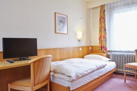 Standard twin room - Hotel Pflug Oberkirch
